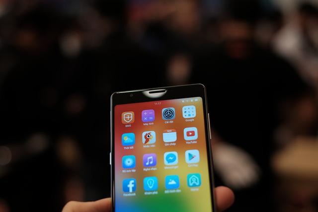 Cận cảnh bom tấn smartphone Bphone 3 của Bkav - Ảnh 4.