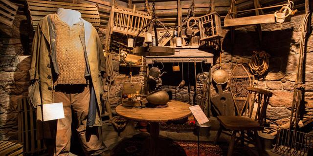 Du khách háo hức trải nghiệm tại triển lãm Harry Potter - Lịch sử của phép màu - Ảnh 9.