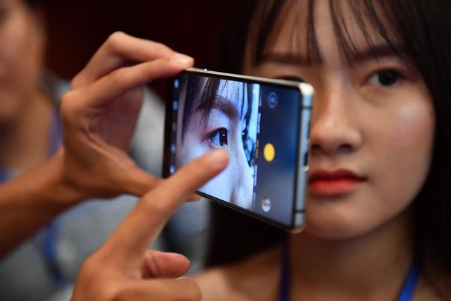 Cận cảnh bom tấn smartphone Bphone 3 của Bkav - Ảnh 7.