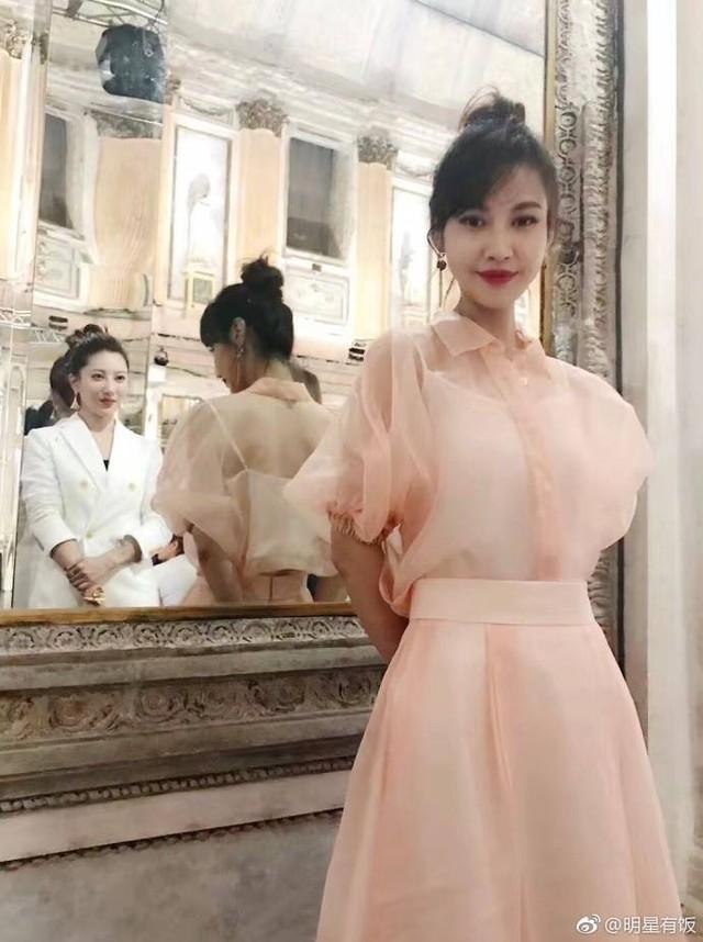 Người đẹp Dương Tuyết bất ngờ tái xuất tại Tuần lễ thời trang Milan - Ảnh 3.