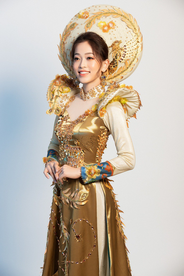 Hé lộ bộ trang phục dân tộc Á hậu Phương Nga dự thi Miss Grand International 2018 - Ảnh 4.
