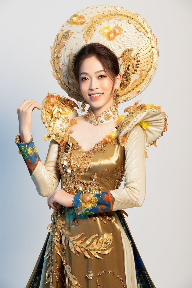 Hé lộ bộ trang phục dân tộc Á hậu Phương Nga dự thi Miss Grand International 2018 - Ảnh 2.