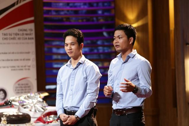 Shark Tank Việt Nam - Tập cuối: Vỡ nợ, startup làm xe ôm khởi nghiệp lại từ đầu gọi vốn 8 tỷ đồng - Ảnh 1.