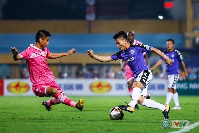 Văn Quyết, Quang Hải nhận giải cầu thủ xuất sắc nhất V.League 2018 - Ảnh 2.