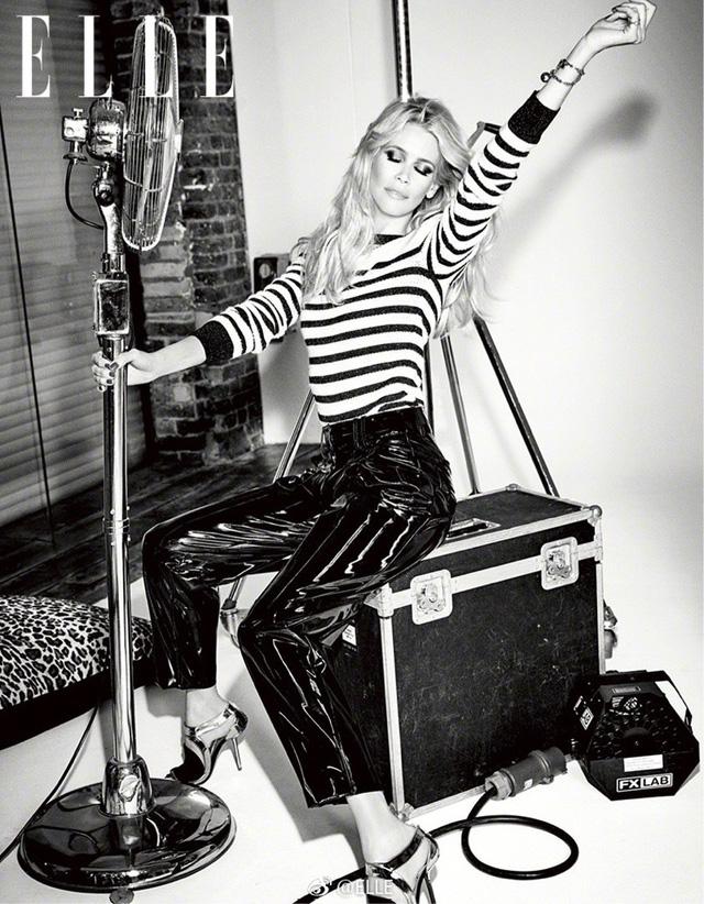 Ngả mũ trước nhan sắc của siêu mẫu nổi tiếng Claudia Schiffer - Ảnh 7.
