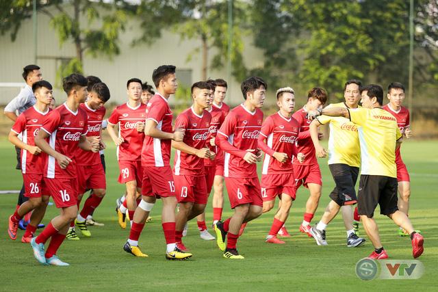 ẢNH: ĐTQG Việt Nam tiếp tục rèn quân cho AFF Cup 2018 - Ảnh 1.