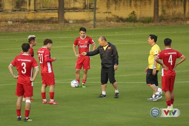 Chia sẻ bất ngờ của HLV Park Hang Seo về việc gia hạn hợp đồng - Ảnh 1.
