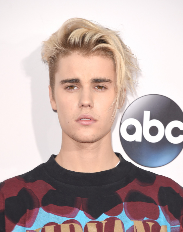 Justin Bieber và những kiểu tóc đi đầu xu hướng - Ảnh 4.