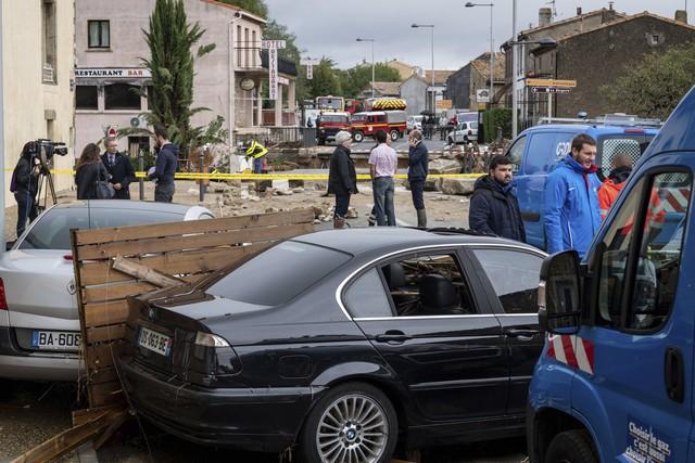 Lũ quét tại Pháp: Số thiệt mạng tăng lên 13 người - Ảnh 12.