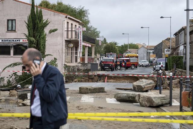 Lũ quét tại Pháp: Số thiệt mạng tăng lên 13 người - Ảnh 14.
