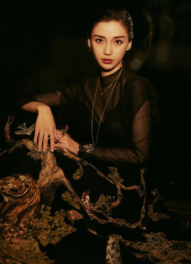 Angelababy đẹp cuốn hút với sắc đen - Ảnh 2.