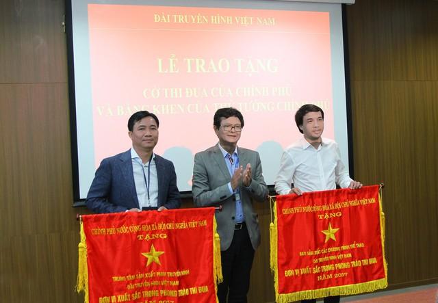 Trao tặng Cờ thi đua của Chính phủ cho Ban Sản xuất các chương trình Thể thao - Ảnh 1.
