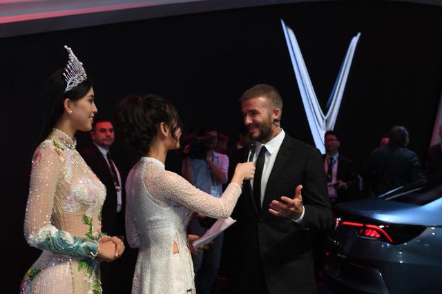 David Beckham đẹp trai khó cưỡng tại buổi ra mắt xe của Vinfast - Ảnh 5.