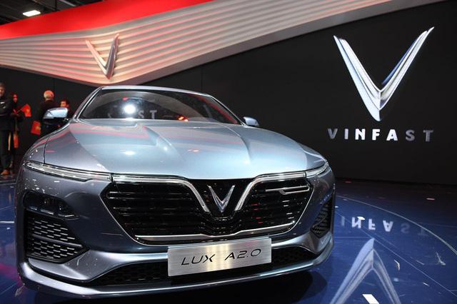Cận ảnh hai mẫu xe siêu chất của Vinfast tại Paris Motor Show 2018 - Ảnh 6.