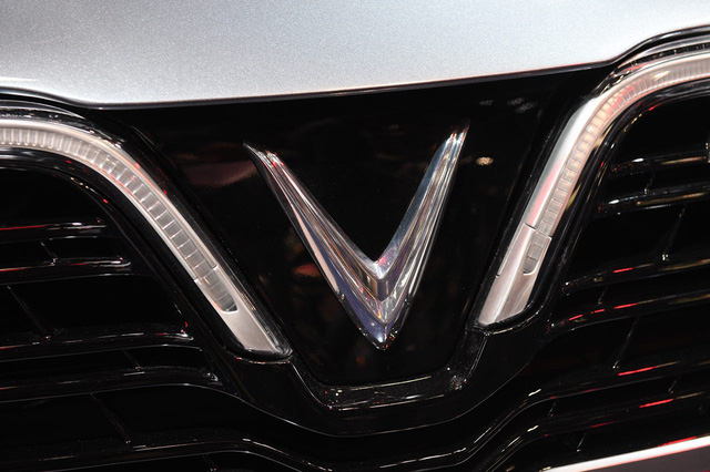 Cận ảnh hai mẫu xe siêu chất của Vinfast tại Paris Motor Show 2018 - Ảnh 8.