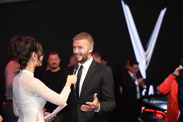 David Beckham đẹp trai khó cưỡng tại buổi ra mắt xe của Vinfast - Ảnh 6.