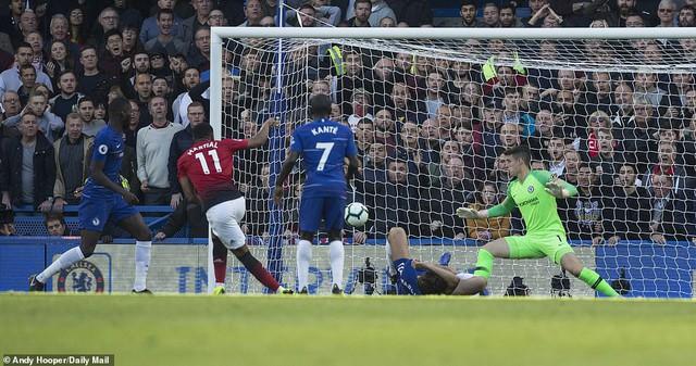 ẢNH: Chelsea hòa kịch tính trước Man Utd tại Stamford Bridge - Ảnh 9.
