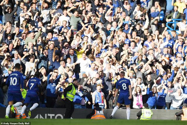 ẢNH: Chelsea hòa kịch tính trước Man Utd tại Stamford Bridge - Ảnh 14.