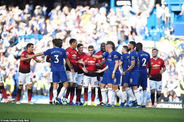 ẢNH: Chelsea hòa kịch tính trước Man Utd tại Stamford Bridge - Ảnh 17.
