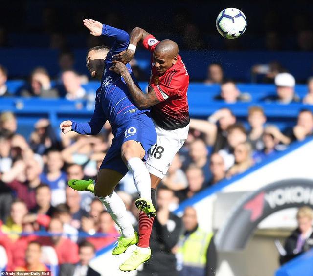 ẢNH: Chelsea hòa kịch tính trước Man Utd tại Stamford Bridge - Ảnh 2.