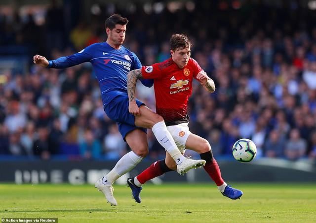 ẢNH: Chelsea hòa kịch tính trước Man Utd tại Stamford Bridge - Ảnh 4.