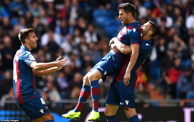 ĐHTB vòng 9 La Liga: Không Messi đã có Suarez - Ảnh 3.