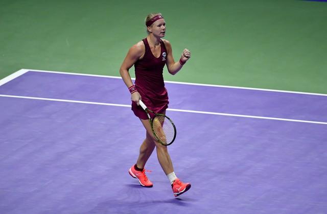 Bảng đỏ WTA Finals 2018: Kerber, Osaka thất bại trận ra quân - Ảnh 4.