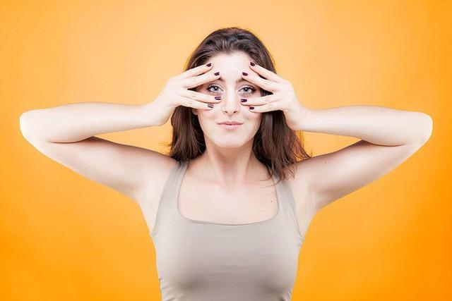 8 bài tập chống lão hóa bạn có thể làm tại nhà - Ảnh 8.