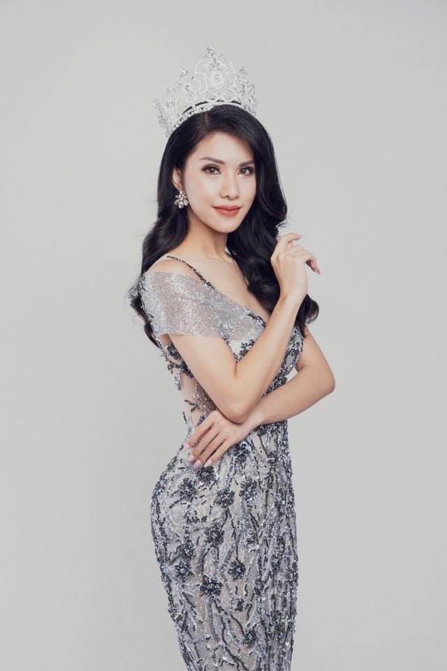 Nữ tiếp viên hàng không Loan Vương dự thi Hoa hậu Quý bà quốc tế - Ảnh 2.