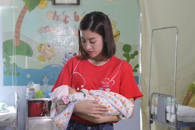 Hoa hậu Đỗ Mỹ Linh kêu gọi ủng hộ bệnh nhi tim bẩm sinh - Ảnh 7.