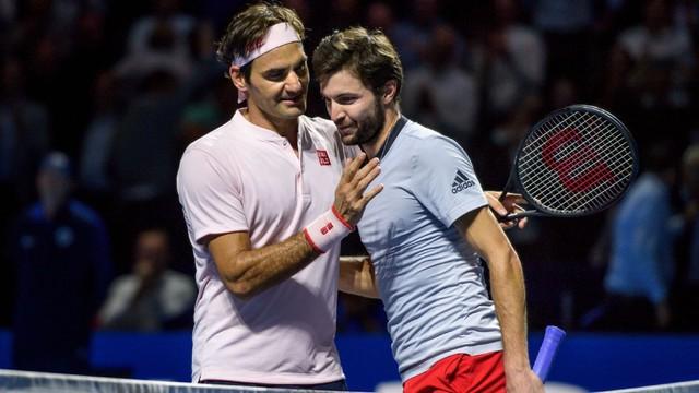 Vất vả giành chiến thắng trước Gilles Simon, Roger Federer vào bán kết Basel mở rộng 2018 - Ảnh 2.