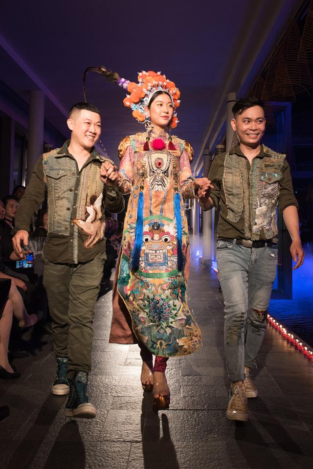 Hành trình về Phương Đông: Khi tuồng truyền thống kết hợp cùng thời trang Việt - Ảnh 1.