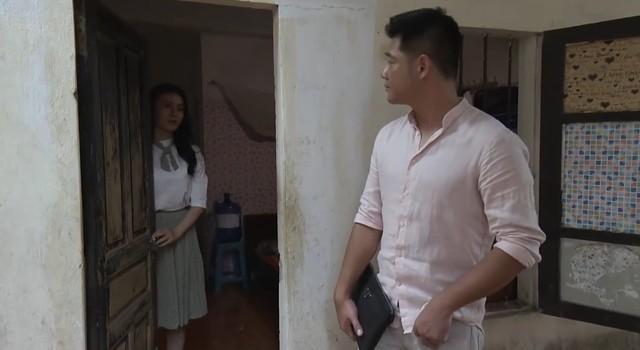 Quỳnh búp bê - Tập 21: Quỳnh được ông chủ mới bất ngờ tỏ tình - Ảnh 1.