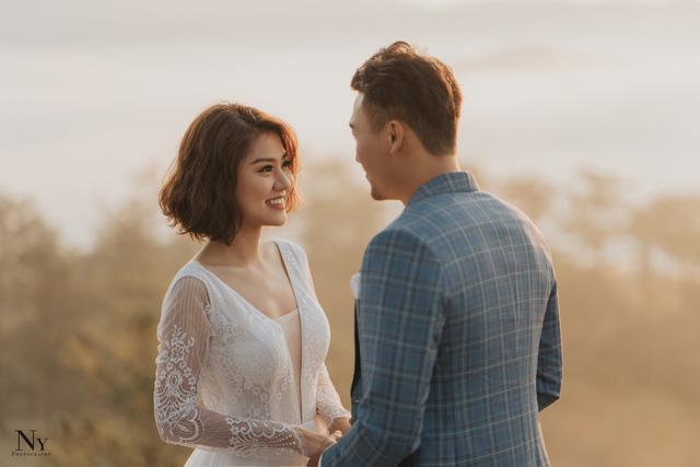 Ngắm bộ ảnh cưới tình bể bình của diễn viên Xuân Phúc - Ảnh 3.