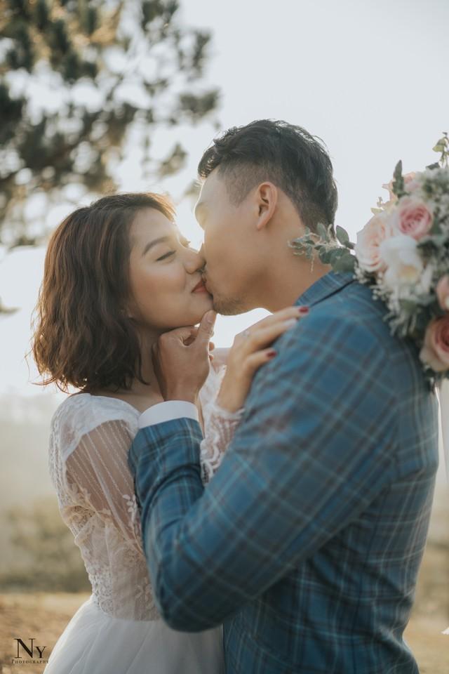 Ngắm bộ ảnh cưới tình bể bình của diễn viên Xuân Phúc - Ảnh 8.