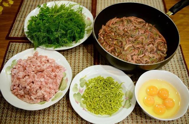 Khách Tây khiếp sợ những món đặc sản này của Việt Nam - Ảnh 6.