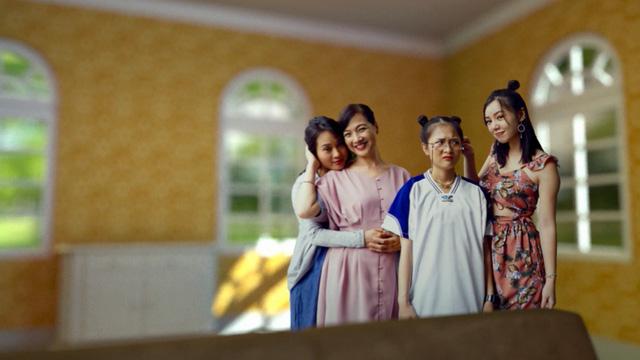Có gì hấp dẫn ở Mẹ ơi, bố đâu rồi? - Phim Việt đầu tiên sản xuất theo tiêu chuẩn Mỹ - Ảnh 1.