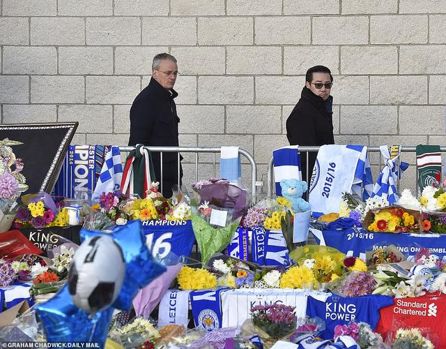 Dàn sao Leicester City bật khóc tức tưởi, tiễn đưa chủ tịch Vichai Srivaddhanaprabha - Ảnh 5.
