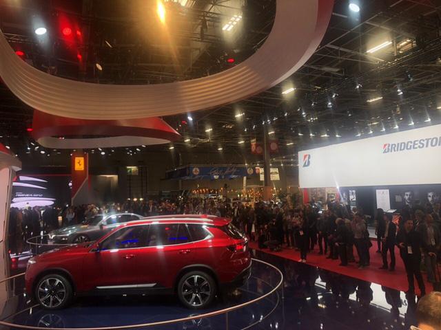Paris Motor Show 2018: VinFast tiếp tục là tâm điểm - Ảnh 1.
