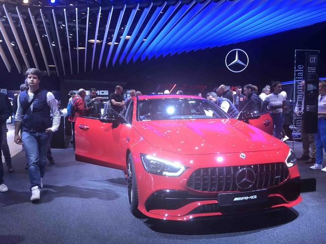 Paris Motor Show 2018: VinFast tiếp tục là tâm điểm - Ảnh 5.