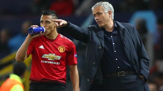 Lịch trực tiếp bóng đá Ngoại hạng Anh vòng 8: Liverpool quyết đấu Man City, Man Utd vượt khó - Ảnh 1.