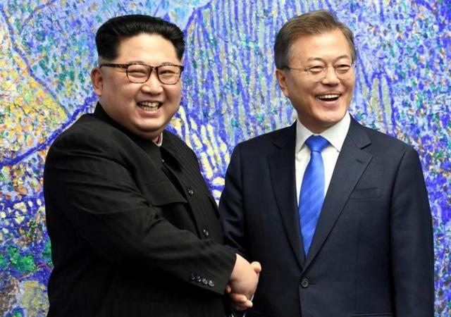 Giải Nobel Hòa bình 2018: Tổng thống Mỹ Donald Trump hay nhà lãnh đạo Triều Tiên Kim Jong-un? - Ảnh 1.