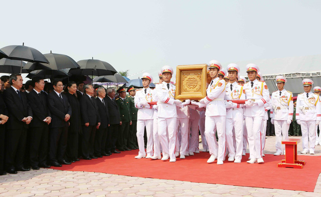 Hình ảnh Lễ an táng nguyên Tổng Bí thư Đỗ Mười tại quê nhà - Ảnh 4.
