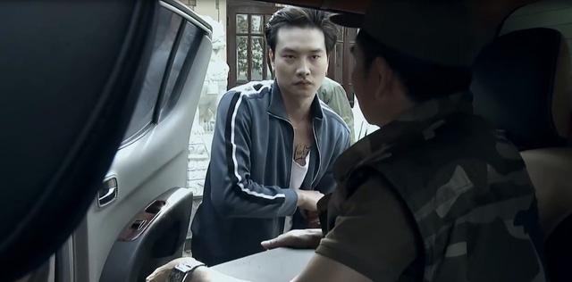 Quỳnh búp bê - Tập 15: Quỳnh như phát điên khi nghe tin Cảnh chết, con trai bị bắt - Ảnh 9.