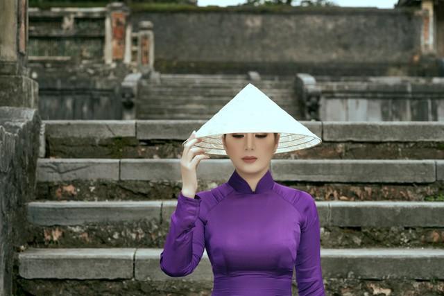 Đinh Hiền Anh – vị khách đặc biệt Bằng Kiều mời về Hạ Long - Ảnh 2.