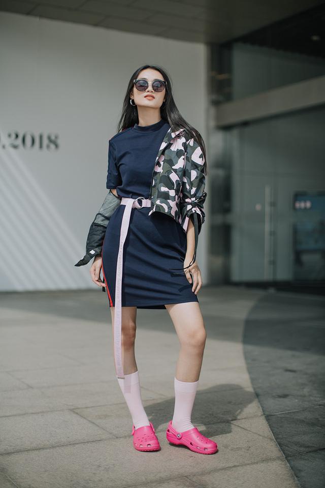 Dàn thí sinh The Face Vietnam 2018 khoe phong cách street style cực chất - Ảnh 6.