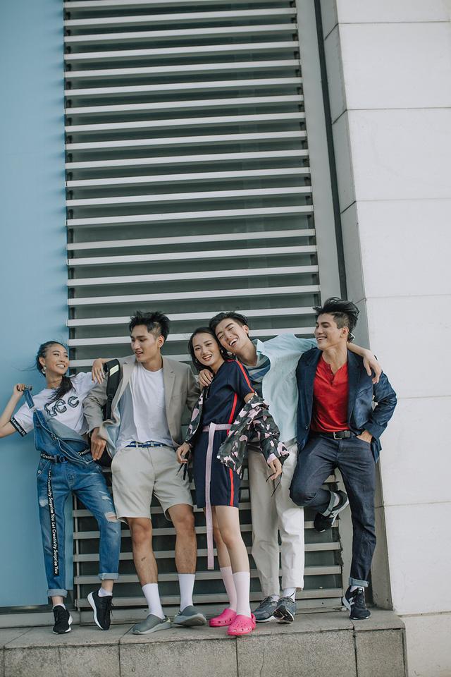 Dàn thí sinh The Face Vietnam 2018 khoe phong cách street style cực chất - Ảnh 17.