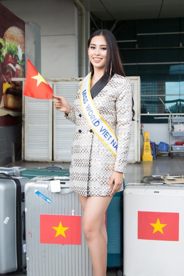 Hoa hậu Tiểu Vy chính thức lên đường dự thi Miss World 2018 - Ảnh 6.