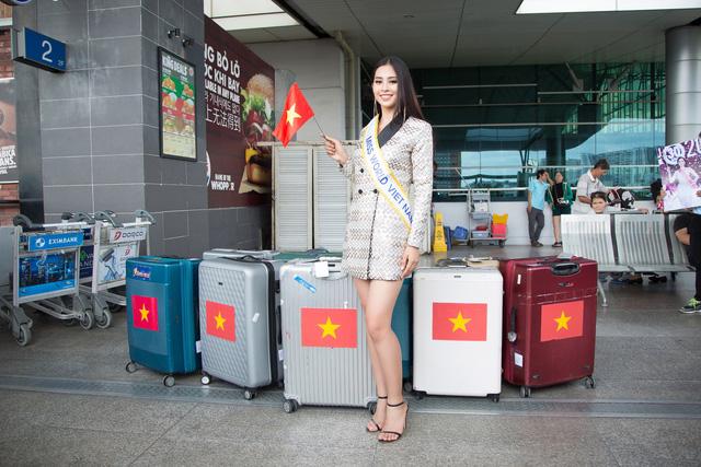 Hoa hậu Tiểu Vy chính thức lên đường dự thi Miss World 2018 - Ảnh 1.