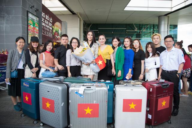 Hoa hậu Tiểu Vy chính thức lên đường dự thi Miss World 2018 - Ảnh 5.